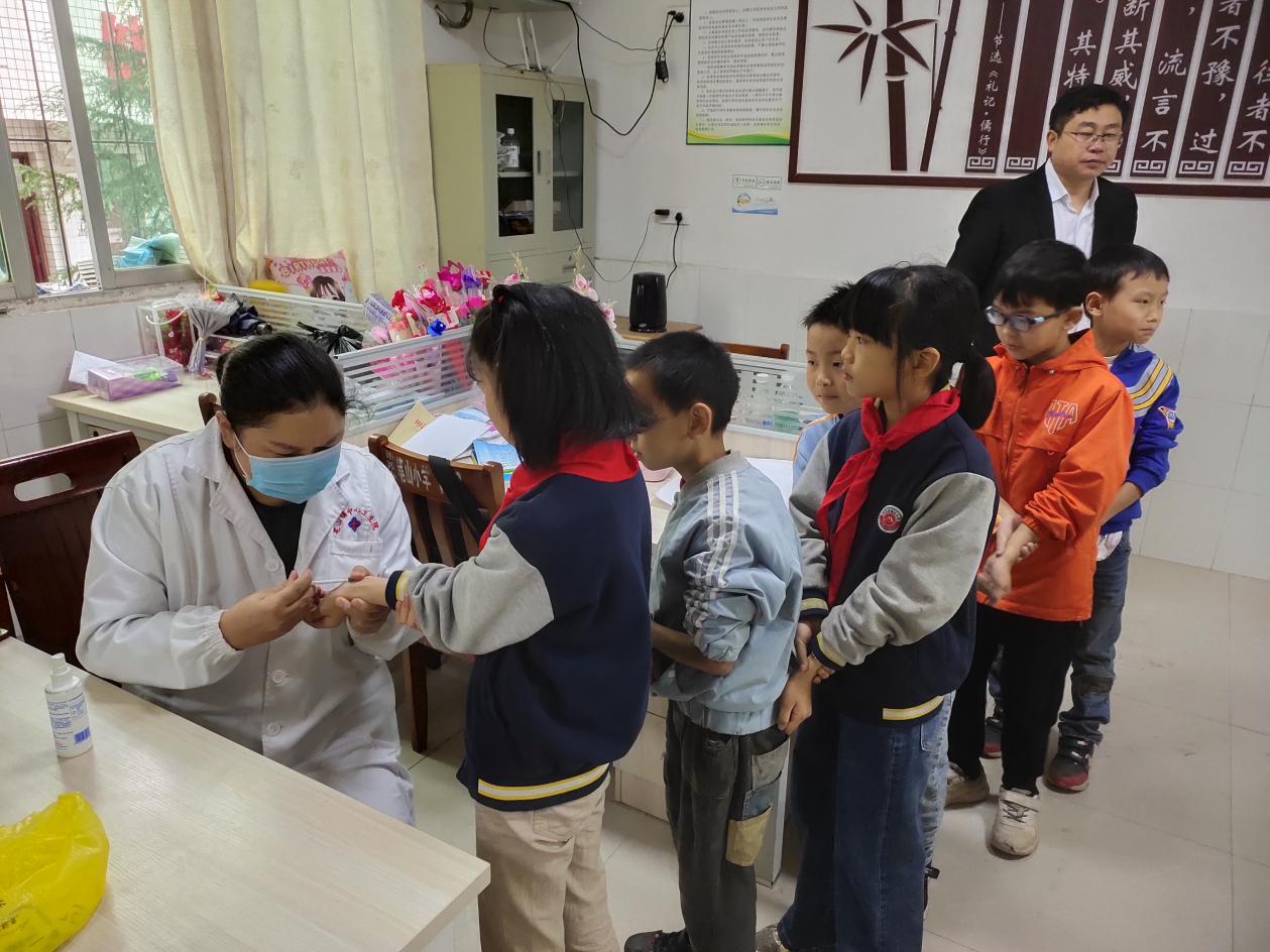笔山小学:扎实开展结核病筛查活动