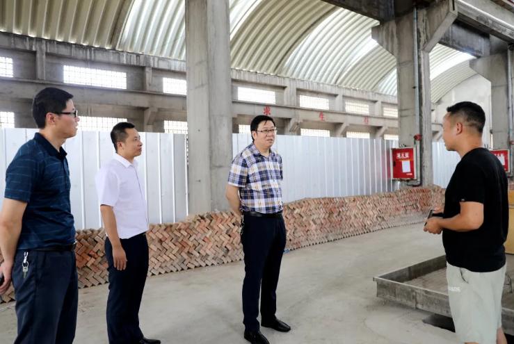 长宁县积极开展双千联系企业走访活动